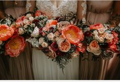 Blush Peonies, Peonies Bouquet, White Peonies, Cheap Flowers, All Flowers, Amazing Flowers, Where To Buy Peonies, Peonies Delivery, Coral Charm Peony