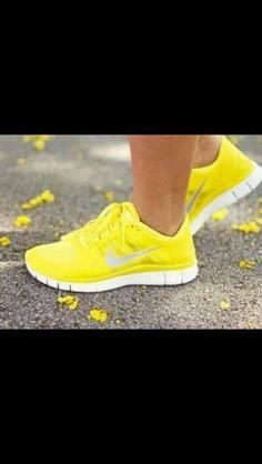 Yellow free runs Nike Shoes Cheap, Nike Free Shoes, Nike Shoes Outlet, Running Shoes For Men, Cheap Nike, Running Sports, Neon Running Shoes, Shoe Outlet, Running Form