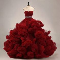 Red Quinceanera Dresses, Red Wedding Dresses, Homecoming Dresses, Allure Bridesmaid Dresses, Debut Gowns, Cute Dresses, Beautiful Dresses, Quince Dresses, Beaded Prom Dress