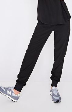 These sleek, stylish jogger scrub pants are super comfy but have a streamlined, urban-inspired feel and functionality to keep up with your 24/7 hustle.