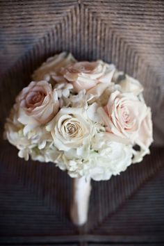 White & champagne bouquet