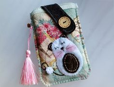 iPhone S5 Samsung HTC LG Nokia  White Mouse Pouch from Lily's Handmade - Desire 2 Handmade Gifts, Bags, Charms, Pouches, Cases, Purses by DaWanda.com