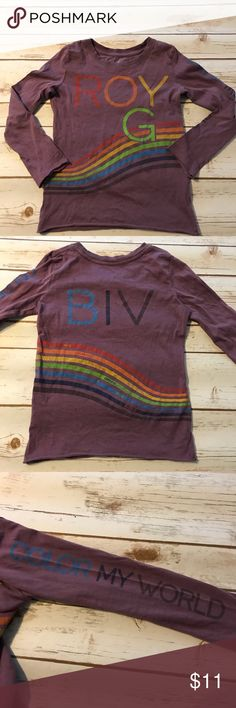 Peek Roy G Biv Tee Size 4/5 Roy G Biv Tee Size 4-5. Not first owners but not worn by us because I thought it was bigger when I purchased it. Play due to what looks like a bleach spot and a small hole on the back. Smoke free dog friendly home. Always a bundle discount in my closet. Peek Shirts & Tops