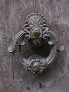 San Gimignano. Love old door knockers. I can just hear the sound of the knocking looking at this picture