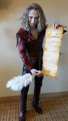 Rumplestiltskin (Once Upon a Time) | Sign the Contract Dearies! | Source: https://www.facebook.com/276742752371815/photos/pb.276742752371815.-2207520000.1409864614./773710336008385/?type=3&theater
