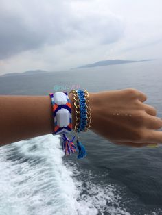 deniz, mavi 💙ben 😊 👉 #nubynu  #handmade #design #accessories #fashion #moda #girl #woman #luxury #trend #takı #jewellery #tasarım #style #aksesuar #friendshipbracelet #bileklik #bracelet #kişiyeözel #best #summerfashion #bodrum #çeşme