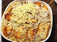 french onion soup in a casserole. or cheesy onion casserole. It is going on my go to list for every holiday. Side Recipes, Great Recipes, Favorite Recipes, Family Recipes, Recipe Ideas, Onion Casserole, Casserole Recipes, Casserole Ideas, Best Thanksgiving Side Dishes