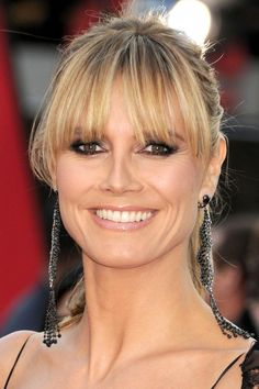 Heidi Klum gives us fringe lessons! #hair #supermodel #heidiklum #redcarpet