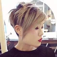 Reaaaally wanna grow my hair, but also love having it short. First world problems