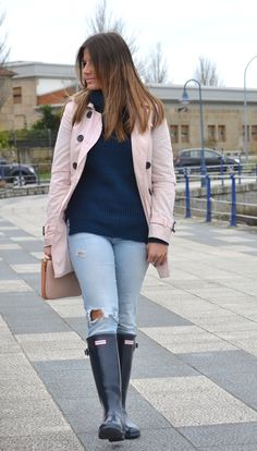 http://www.coco-smile.com/2015/04/gumboots-and-trench.html