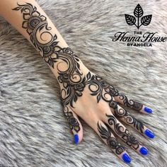 Mehndi Designs For Karwa Chauth (Top - TCT - - Putting Mehndi on their hands and getting all ready for the evening pooja is our custom. Here are the top 20 Mehndi Designs for Karwa Chauth. Henna Hand Designs, Mehandi Designs, Latest Arabic Mehndi Designs, Bridal Mehndi Designs, Mehndi Designs For Hands, Henna Tattoo Designs, Bridal Henna, Indian Bridal, Wedding Designs