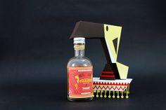 Rhum arrangé carambar fleur de sel Packaging, Sauce Bottle, Soy Sauce, Spray Bottle, Paper Cutting, Cleaning Supplies, Illustrations, Inspiration, Caramel Color
