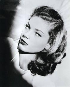 Lauren Bacall, #LaurenBacall #thelook                              …