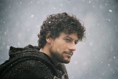 It stars Clive Owen as the title character, Ioan Gruffudd as Lancelot, and Keira Knightley as Guinevere. Description from imgarcade.com. I searched for this on bing.com/images