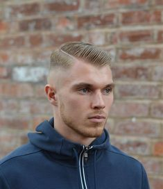 Mens hair in general Mens Hairstyles Fade, Thin Hair Haircuts, Cool Haircuts, Haircuts For Men, Cool Hairstyles, Men's Haircuts, Shaved Head Styles, Bad Beards, Brylcreem
