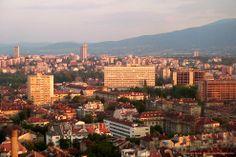 Panorámica de Sofia-Bulgaria, rodeada por los Cárpatos.-