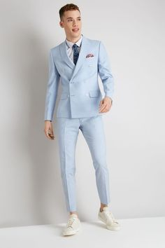 Mens Fashion Suits, Mens Suits, Best Suits For Men, Groom Suits, Groom Attire, Double Breasted Suit Men, Suits And Sneakers, Skinny Fit Suits, Designer Suits For Men