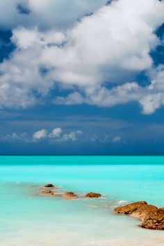 Clear Blue Sea Sky #iPhone #4s #Wallpaper