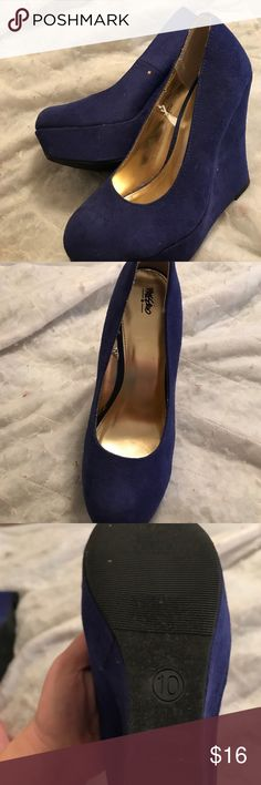 Blue wedges Awe man I really love these! They were my moms and she never wore them, they just sat in her closet for a while, they're a size 10 but fit a 9 good! they are in pretty much perfect condition, super cute and yeah(:a Massimo Rebecchi Shoes Wedges