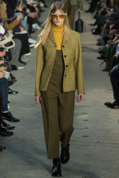 Catwalk photos and all the looks from Phillip Lim Autumn/Winter Ready-To-Wear New York Fashion Week Winter Trends 2016, Fall 2016, Fashion Week, Fashion Show, High Fashion, Long Blazer, Fashion Images, Fashion Details, 3.1 Phillip Lim