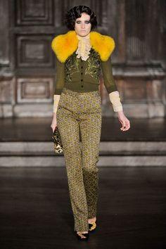 Fur collars for Fall 2012