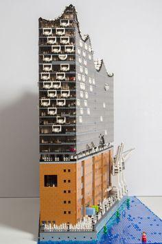 Die neue Hamburger Elbphilharmonie als LEGO Modell