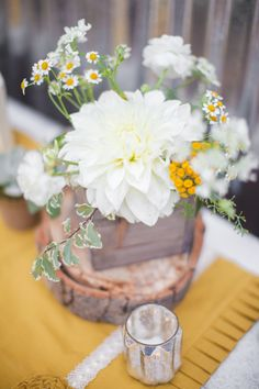 Dahlia and Yarrow Floral Arrangements | Lisa Davies | Becky Ravenberg | TheKnot.com