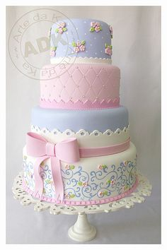 #Wedding #Colours... 3 main colours:- black, white & light steel blue + 2 accent colours:- pink & pale yellow green. For more colour ideas http://pinterest.com/groomsandbrides/wedding-colour-combinations/ ... Pretty in Pastels | Wedding Cake