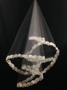 White Elbow Length Bridal Veil with Flowered Edge (Thick)