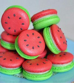 Love these watermelon macaroons they look soo amazing and delicious my favourite love it.