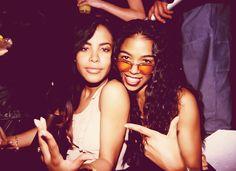 Ananda Lewis x Aaliyah ( #RIPBabyGirl ) [via @Danyel Smith's she is every woman tumblr.] Ananda Lewis, Aaliyah Style, Devious Maids, Aaliyah Haughton, Baby Girl Princess, 90s Nostalgia, Black Girl Fashion, Celebs, Celebrities