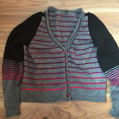 Ravelry: Project Gallery for Funky Grandpa pattern by La Maison Rililie Ravelry, Knitting, Pattern, Sweaters, Stuff To Buy, Fashion, Home, Moda, Tricot
