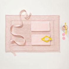 Seahorse - MOSSA - Pearl Pink  #bath #bathmat #bathroom #pastel #design #shower #interior #style #embracelife #seahorse Bath Mat, Continental Wallet, Bags, Instagram, Pastels, Design, Decor, Spring, Interior