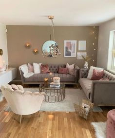 DIY Home Decor - Reupholstering Your Furniture Classy Living Room, Decor Home Living Room, Living Room Designs, Bedroom Decor, Cozy Bedroom, First Apartment Decorating, Home Room Design, Living Room Inspiration, Apartment Living