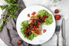 Low carb recepty s nízkym obsahom sacharidov No Cook Meals, Tofu, Cobb Salad, Smoothie, Food And Drink, Low Carb, Cooking, Ethnic Recipes, Fitness