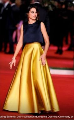Kasia Smutniak new face of Fendi fragrance Draped Dress, Dress Skirt, Classic Outfits, Cool Outfits, Couture Fashion, Boho Fashion, Couture Dresses, Fashion Dresses, Church Suits And Hats