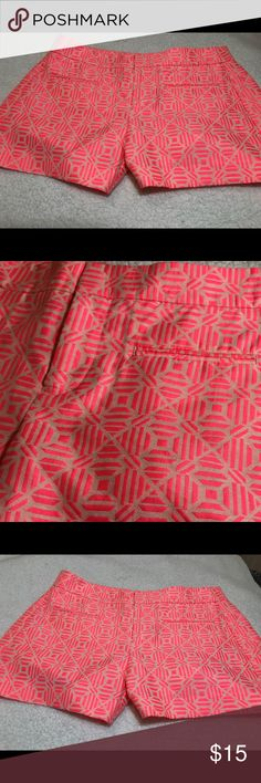 Gap Neon Printed Pink Jacquard Cotton 00 Shorts EUC. Sz 00.  Approximate measurements:  Length: 11 Waist: 14 GAP Shorts