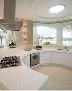 elegant and luxury kitchen design ideas 43 Coffee Bar Home, Luxury Kitchen Design, Bright Kitchens, Luxury Estate, Mansions Homes, Cuisines Design, Beautiful Kitchens, Kitchen Interior, Modern Decor