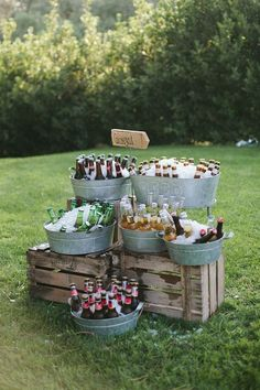 Galvanized metal cart party bucket DIY drink station, a great piece for your nex .Galvanized metal trolley party bucket DIY drink station, a great piece for your next BBQ evening or barbecue party! Deco Champetre, Beer Bar, Fall Wedding, Beer Wedding, Diy Wedding Bar, Wedding Parties, Drinks Wedding, Wedding Catering, Food Ideas For Wedding