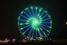 Seattle Wheel Blue Friday Pre Superbowl #BlueFriday #12 # #greatWheel #Seahawks +