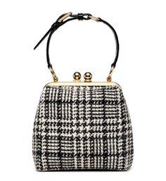 Dolce & Gabbana sac pied de poule http://www.vogue.fr/mode/shopping/diaporama/shopping-pied-de-poule/14632/image/808047#!dolce-amp-gabbana-sac-pied-de-poule