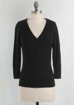 Charter School Cardigan in Black. Show your style smarts in this versatile cardigan! #black #modcloth