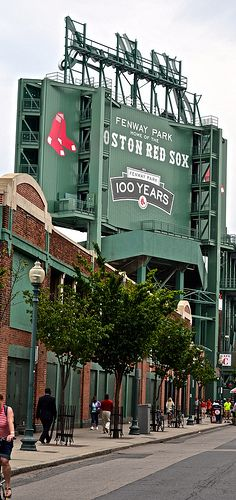 What to do in Boston with Kids   Go to a Red Sox Baseball Game