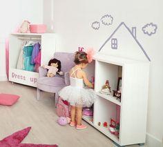 Sorprende a tu peque con una casita de muñecas hecha con una estantería