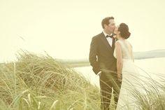 The couple is kissing in the irish wind Ireland Wedding, Irish Wedding, Autumn Wedding, Wedding Advice, Post Wedding, Wedding Couples, Christmas Day Celebration, Wedding Planner, Destination Wedding