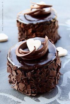 Mini Chocolate Mud Cakes