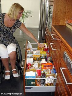Tips - Easy-slide drawers in accessible kitchen
