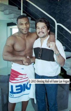 Roberto Duran surprised Mike the morning of the Spinks fight.