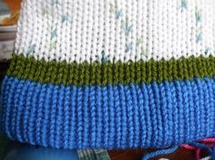 Addi Express Knitting Machine Tutorial. How to turn up a hat band successfully