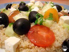 Amanida grega amb quinoa / Ensalada griega con quinoa